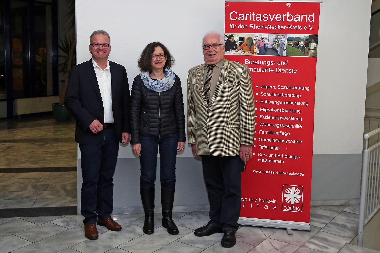 von links: Geschäftsführer Bernhard Martin, Susanne Rohfleisch und Vorstandsvorsitzender Manfred Grau
